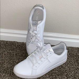 White pumas shoes